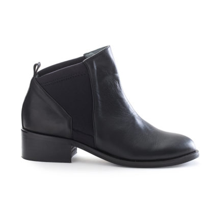 ITACA | Black Chelsea Leather Ankle Boots